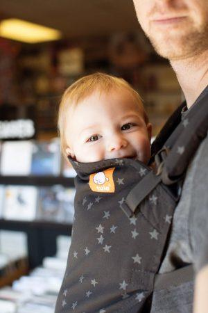 Tula toddler discover zwart met grijze sterretjes