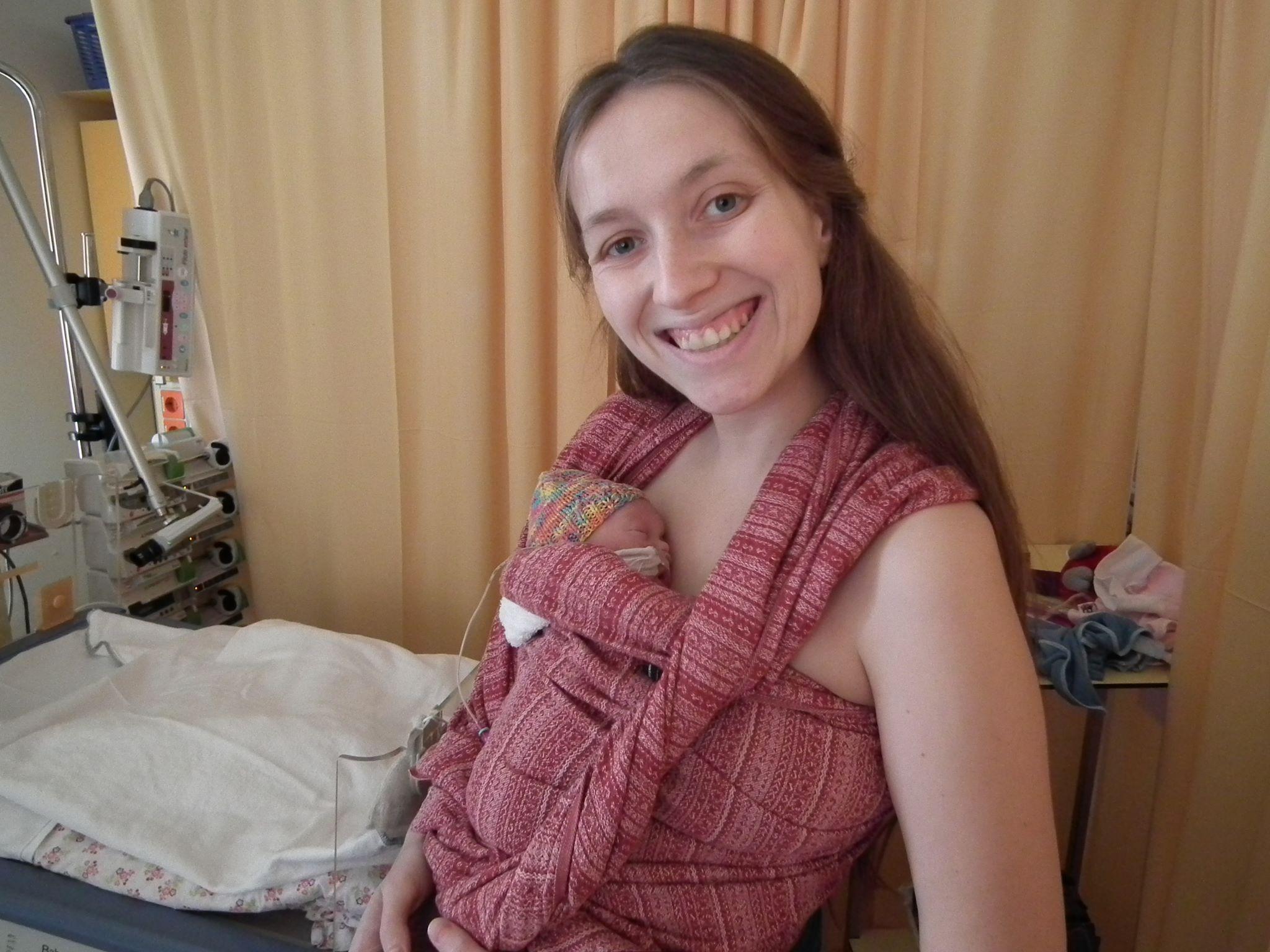 baby dragen ziekenhuis prematuren draagdoek prematuur