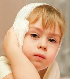 ziek draagdoek oorpijn koorts